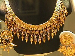 Jewelery stores in Athens, gold jewelery in Athens, gold jewelery in Greece,Greek jewelery stores,Greek gold shops, Athens jewelry, jewelry in Athens,
