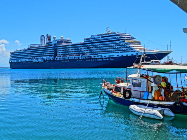 Get Cruise Ship For Greece  Gif