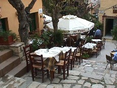 Psaras old fish taverna in the Plaka, Athens
