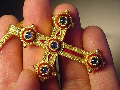 22K gold cross-Byazantino Jewelry, Athens, Greece