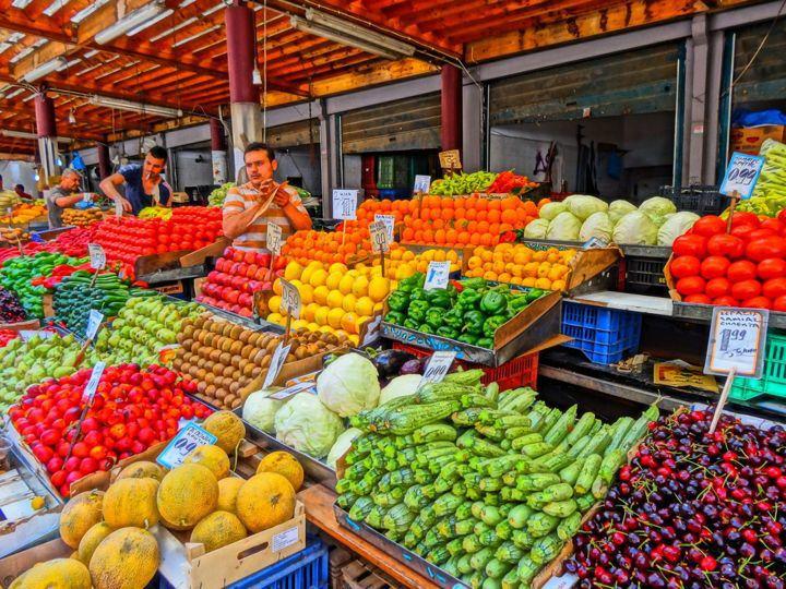 blocks fruit market which fruit is healthy